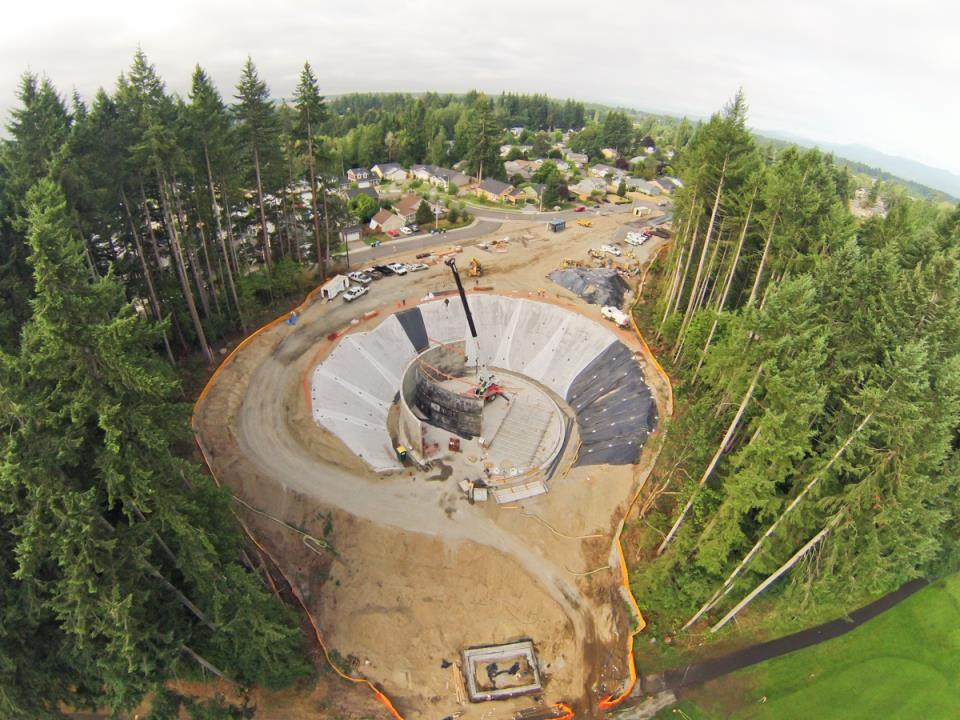Deschutes Valley Park - Reclaimed Water Tank during construction