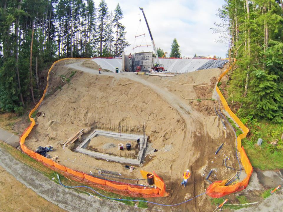 Deschutes Valley Park - hillside under construction